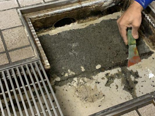 埼玉県新座市の老人ホーム|厨房側溝塗床工事:タフクリートMW