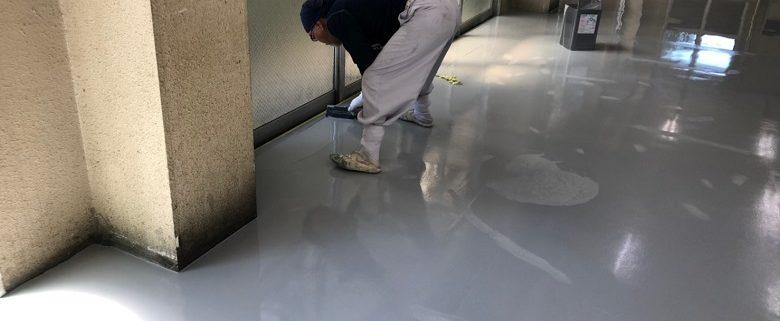【ケミクリートEを使用した上塗り塗装】