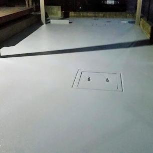 エポキシ樹脂厚膜の床塗装(塗床)