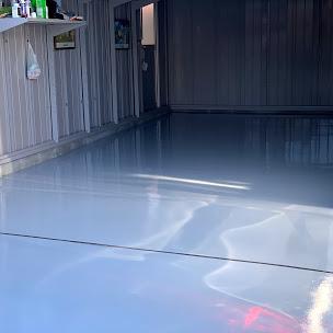 ガレージの床塗装後