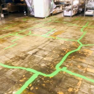 床のクラック補修