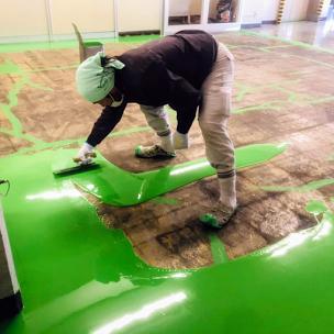 塗床材の上塗り塗装