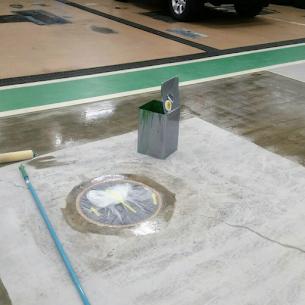 既設コンクリート面へのプライマー塗布(下塗り)