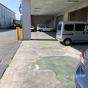 物流倉庫にて床コンクリート