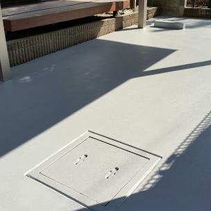 床塗装後のコンクリート