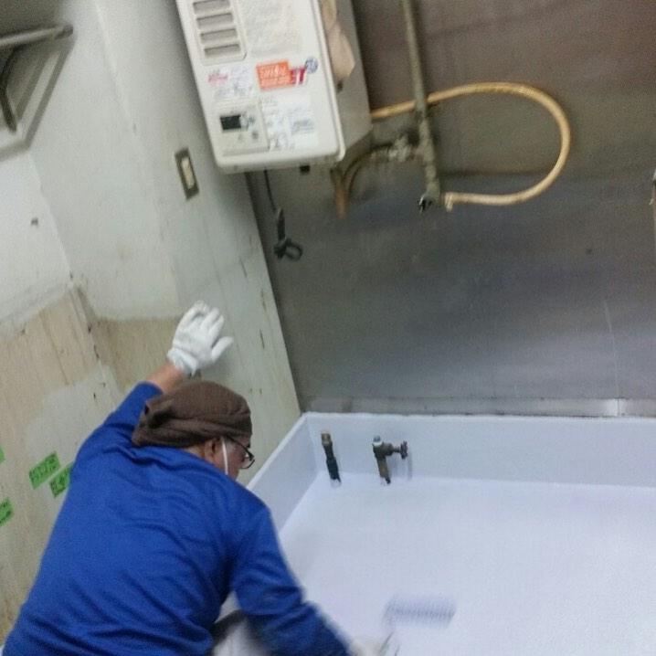水漏れに伴う床塗装(塗床)工事